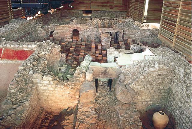 Blick auf die Überreste der Therme