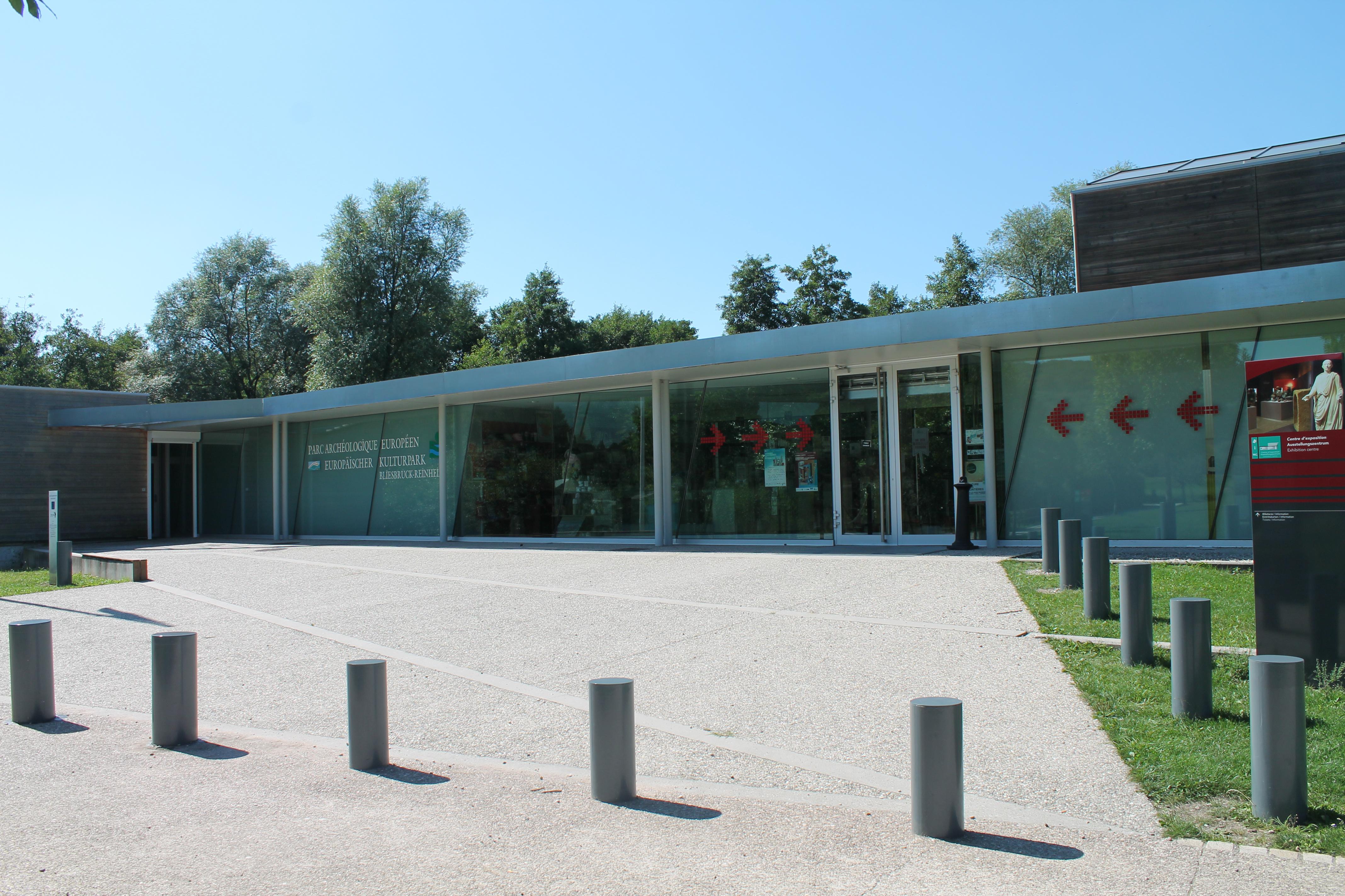 Ausstellungszentrum, Centre d'Éxposition